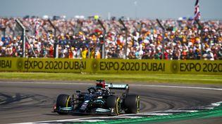 Lewis Hamilton à l'occasion du GP de Grande-Bretagne, dimanche 18 juillet 2021. (XAVI BONILLA / AFP)