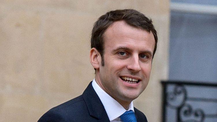 (Emmanuel Macron invite les jeunes à vouloir devenir milliardaires © MAXPPP)