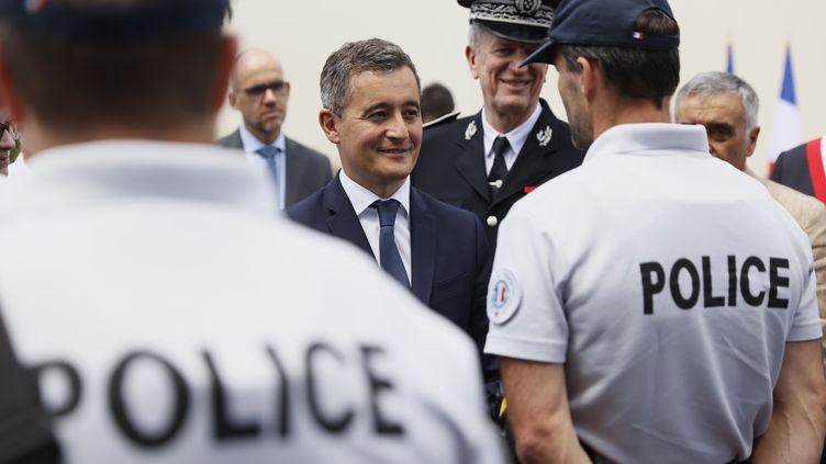 Le nouveau ministre de l'Intérieur Gérald Darmanin au commissariat des Mureaux (Yvelines), le mardi 7 juillet 2020. (THOMAS SAMSON / POOL / AFP POOL)