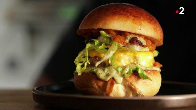 Cuisine : le burger s'invite à la table des étoilés