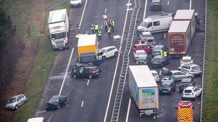 Un carambolage a fait au moins cinq morts en Vendée, dans la matinée du mardi 20 décembre. (MAXPPP)