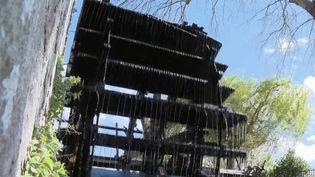 Normandie : les moulins à eau disparaissent peu à peu au profit des poissons migrateurs (FRANCE 2)