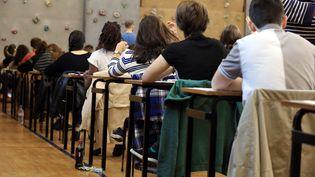 Des élèves passent le baccalauréat à Mulhouse (Haut-Rhin), le 17 juin 2015. (  MAXPPP)