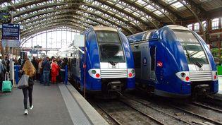A la SNCF, la CGT, l'Unsa, SUD et la CFDT ont déposé un préavis de grève à compter du mardi 8 mars, 19 heures,jusqu'au jeudi 10 mars. (SEBASTIEN JARRY / MAXPPP)