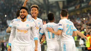 Des joueurs de l'Olympique de Marseille, à Marseille, le 12 avril 2018. (JAN WOITAS / DPA-ZENTRALBILD / AFP)