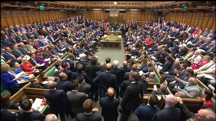 Les membres du Parlement britannique siègent à Londres (Royaume-Uni) le 19 avril 2017. (REUTERS)