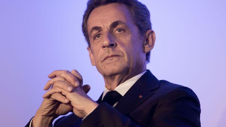 L'ancien président Nicolas Sarkozy, le 9 novembre 2015 à Angers. (SEBASTIEN SALOM-GOMIS / SIPA)