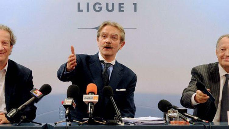 Le président de l'UCPF, Jean-Pierre Louvel, le président de la Ligue Frédéric Thiriez et le président de l'OL, Jean-Michel Aulas