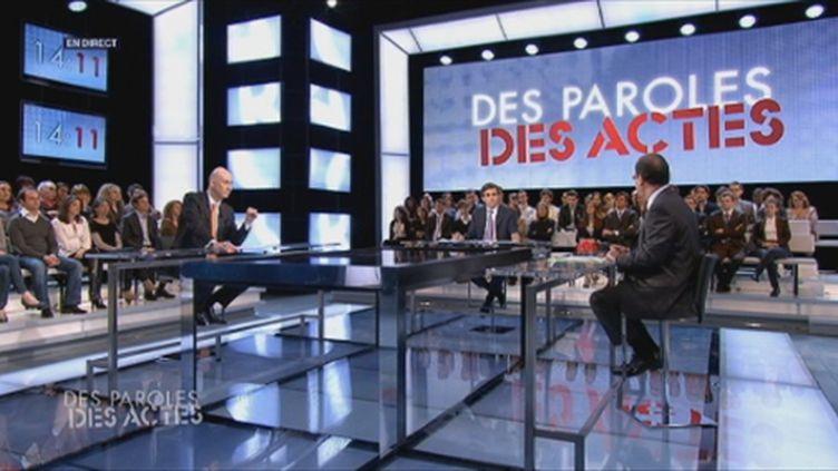 """Le plateau de """"des paroles et des actes"""" (FTV)"""