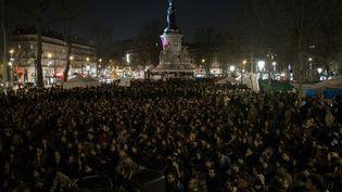 Un rassemblement de Nuit debout place de la République à Paris, le 5 avril 2016. (ELLIOTT VERDIER / AFP)