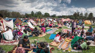 Les survivants du séisme sont regroupés sur des camps d'abris temporaires à Katmandou (Népal), le 28 avril 2015. (EZRA MILLSTEIN / HABITAT FOR HUMANITY)