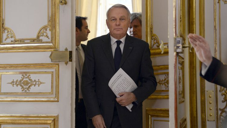 Le Premier ministre, Jean-Marc Ayrault, à Matignon, le 29 octobre 2013. (BERTRAND GUAY / AFP)