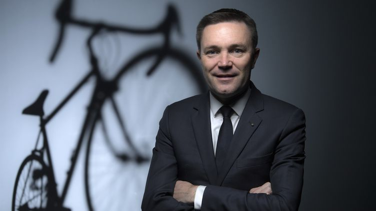 Le président de l'Union Cycliste International (UCI), David Lappartient, à Paris, le 23 novembre 2017. (FRANCK FIFE / AFP)