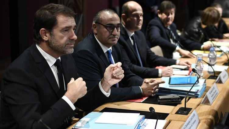 Le ministre de l'Intérieur Christophe Castaner et le secrétaire d'Etat Laurent Nuñez, jeudi 10 octobre 2019 devant la Commission des lois du Sénat. (STEPHANE DE SAKUTIN / AFP)