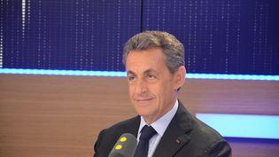 Nicolas Sarkozy, ancien président de la République, invité defranceinfo, le 2 novembre 2016. (JEAN-CHRISTOPHE BOURDILLAT / FRANCE INFO)