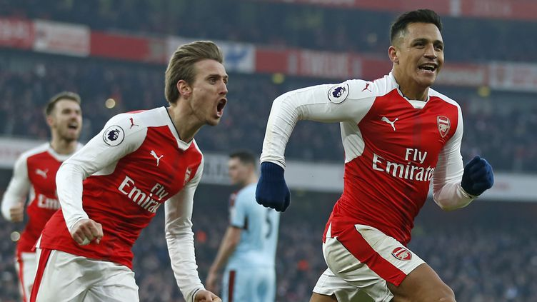 Alexis Sanchez donne la victoire à Arsenal. (IAN KINGTON / AFP)