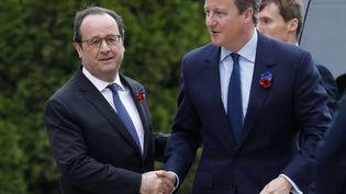 François Hollande et David Cameron à Thiepval dans la Somme, le 1er juillet 2016 (PHILIPPE WOJAZER / AP / SIPA)