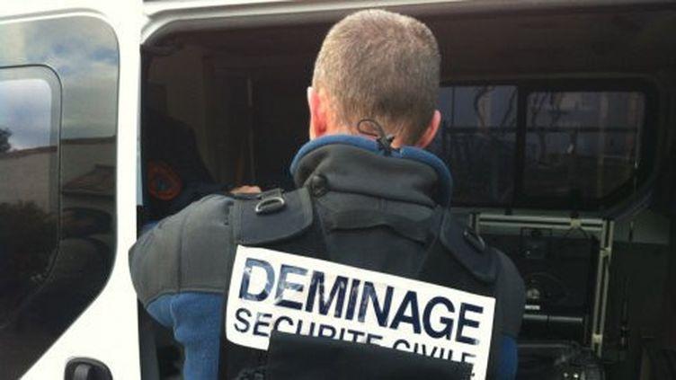 Une opération de déminage a lieu le 14 avrli 2019 à lasuite de la découverte d'un obus de 240 kilos datant de la Seconde Guerre Mondiale, à Saint-Pierre-de-Chandieu (Rhône). (FRANCE 3 RHONE ALPES)