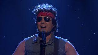 Jimmy Fallon déguisé en Springsteen sur le plateau du Tonight Show, le 4 décembre 2017.  (Tonight Show - Saisie écran)
