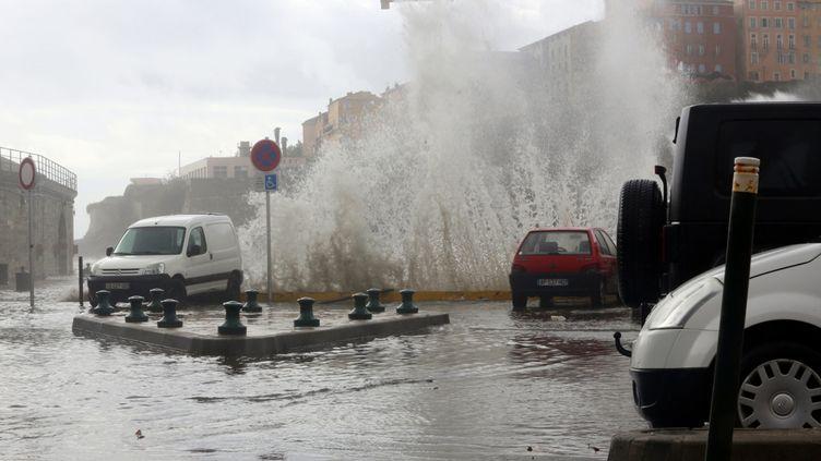 """(La Corse est sous le coup d'une vigilance orange """"vent violent"""" depuis mardi © MAXPPP)"""
