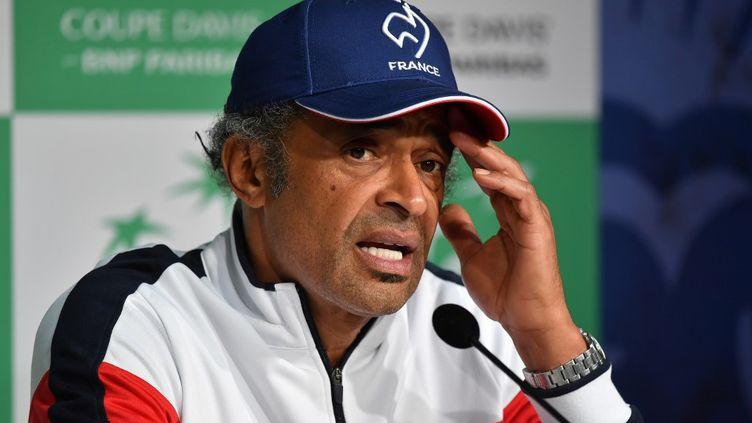 Le capitaine de l'équipe de France de tennis, Yannick Noah, lors d'une conférence de presse à Villeneuve-d'Ascq (Nord), le 22 novembre 2018. (PHILIPPE HUGUEN / AFP)