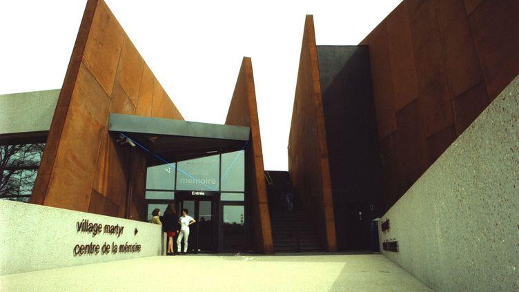 Le centre de la mémoire d'Oradour-sur-Glane (Haute-Viene), le 21 avril 2000. (MAXPPP)