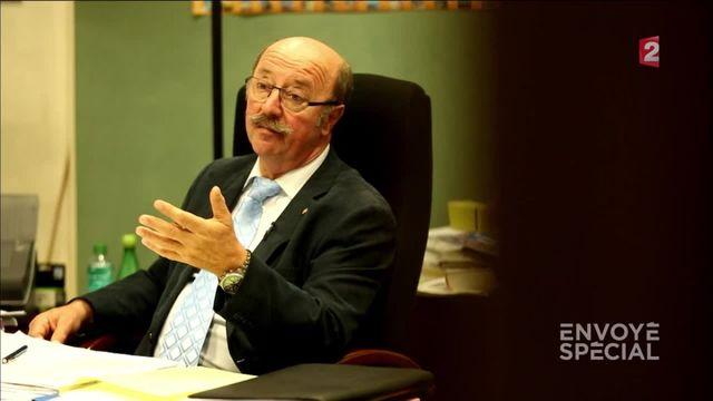 """Envoyé spécial. Le maire de Charvieu-Chavagneux: """"l'islam n'est pas une religion de paix"""""""