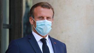 Emmanuel Macron au Palais de l'Elysée à Paris, le 26 août 2020 (photo d'illustration). (LUDOVIC MARIN / AFP)