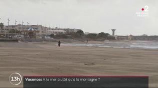 Vacances : à quelques jours des fêtes, la Grande-Motte navigue à vue (France 2)