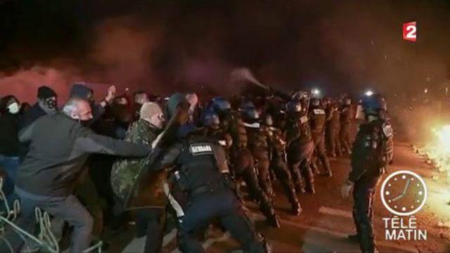 Fleury-Mérogis : les surveillants pénitentiaires protestent contre la surpopulation carcérale