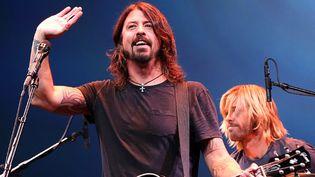 Dave Grohl sur scène avec les Foo Fighters en septembre 2012 à San Francisco.  (Justin Sullivan/Getty Images/AFP)