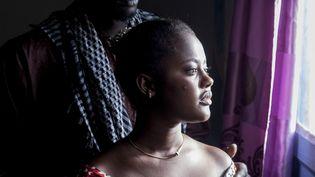 """Tierno (Alassane Sy) et Nafi (Aicha Talla), un père et une fille, les principaux protagonistes dufilm """"Le Père de Nafi"""" du réalisateur sénégalais Mamadou Dia. (JOYEDIDI)"""