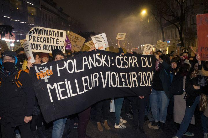 Manifestation devant la cérémonie des César, février 2020. (NICOLAS PORTNOI / HANS LUCAS)