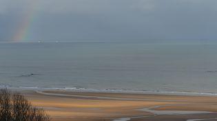 La plage d'Omaha Beach, dans le Calvados, le 3 janvier 2019. (ARTUR WIDAK / NURPHOTO / AFP)