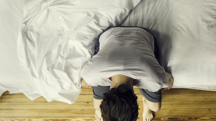 8 000 adultes britanniques ont été suivis durant plus de 25 ans par l'Inserm pour déterminer s'il y a une corrélation entre sommeil et apparition de la démence. Photo d'illustration. (FR?D?RIC CIROU / MAXPPP)