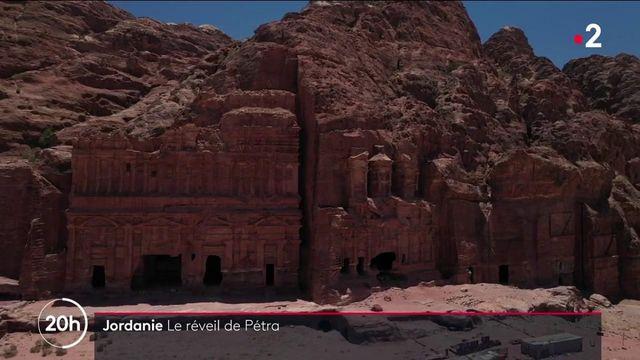 Jordanie : la cité archéologique de Pétra se réveille