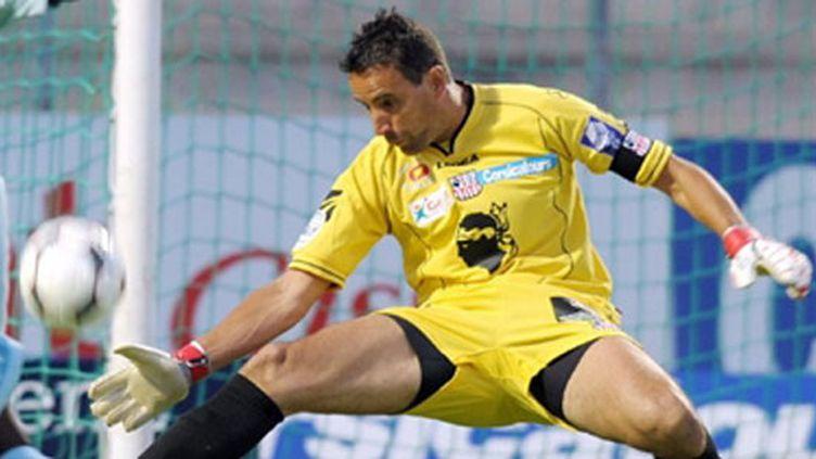 Le gardien d'Ajaccio Thierry Debès