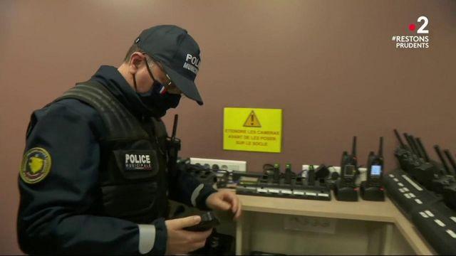 Police : Gérald Darmanin demande plus de caméras-piétons