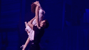 Corentin Mazo et Cécile Mazéas les héros de la version française de la comédie musicale Dirty Dancing.  (France 2)