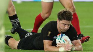 Beauden Barrett, joueur néo-zélandais, lors du match contre le Canada à la Coupe du monde de rugby 2019. (MASAHARUSUGIMOTO / YOMIURI)