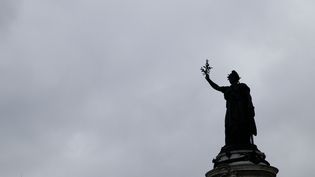 La statue de la place de la République, à Paris, le 6 mai 2017. (ALEXANDROS MICHAILIDIS / SOOC  / AFP)