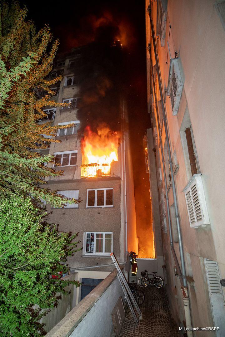 Un immeuble de 7 étages a été ravagé par les flammes. (M.Loukachine/BSPP)