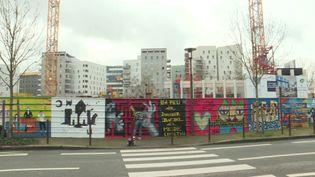 La fresque des artistes du Collectif Arty show à Nantes pour le projet Skyhome. (A. Ropert /  France Télévisions)