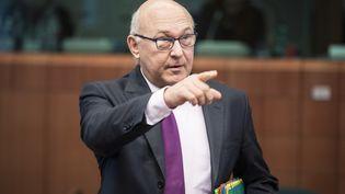 Le ministre des Finances Michel Sapin, à Bruxelles (Belgique), le 8 décembre 2014. (WIKTOR DABKOWSKI  / DPA / AFP)