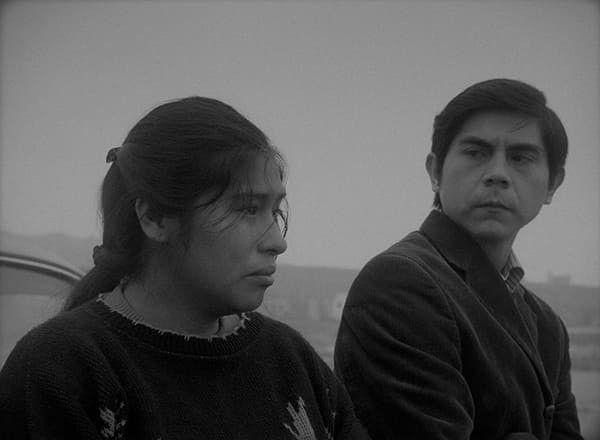 Pamela Mendoza et Tommy Parraga dans Canción Sin Nombre (Canción Sin Nombre)