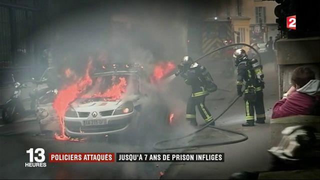 Voiture de police incendiée à Paris : de lourdes peines qui posent question