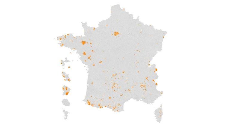Carte des communes où Emmanuel Macron a recueilli plus de 80% des suffrages. (FRANCEINFO)