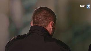 Capture d'écran du reportage de France 3 dans lequel apparaît Claude Chossat. (FRANCE 3 / FRANCETV INFO)