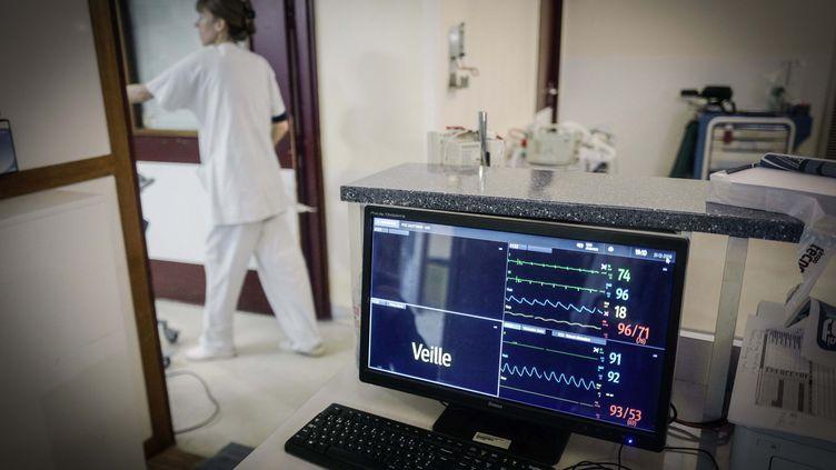 Écran de surveillance aux urgences de la Pitié Slpêtrière (illustration). (LUC NOBOUT / MAXPPP)