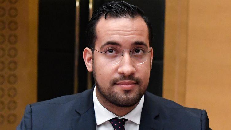Alexandre Benalla est entendu par la Commission des lois du Sénat, à Paris, le 19 septembre 2018. (BERTRAND GUAY / AFP)